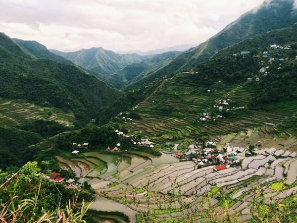 Filipine – Terase de orez, sicrie suspendate și adrenalină în peșteri